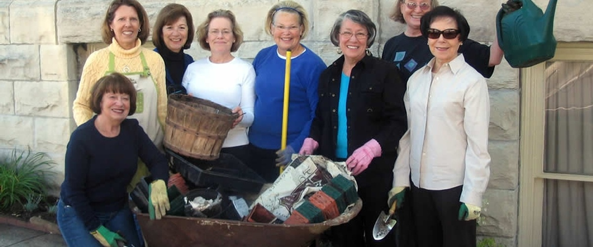 Woman's Club of Wisconsin Community Outreach